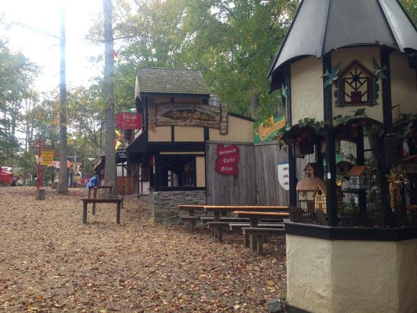 Autumn leaves enjoying no crowds at the maryland renaissance festival photo by janelle olmstead - 1