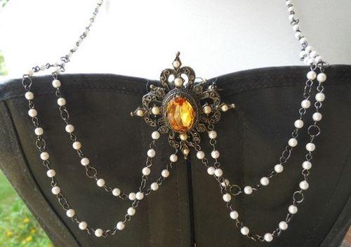 Renaissance Spirit Jewelry--Amber Bodice Jewelry
